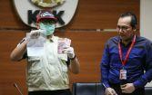 KPK Amankan Uang Rp 20 Juta dari Tangan Wisnu dan Buku Tabungan