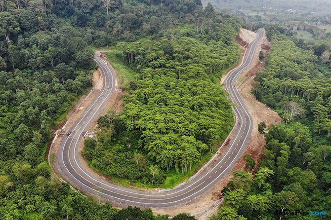 17 Tahun Menanti Tersambungnya Jalan Lintas Selatan Jawa Timur (2)