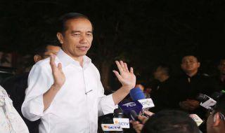 17 April, Jokowi Ajak Pendukungnya Pakai Baju Putih saat Datang ke TPS