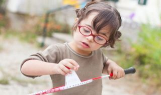 4 Tips Pola Asuh Bagi Orang Tua Anak Down Syndrome