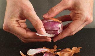 manfaat bawang merah, tips obati jerawat, cara alami cegah pigmentasi, bawang merah untuk kulit, tips hilangkan noda hitam,