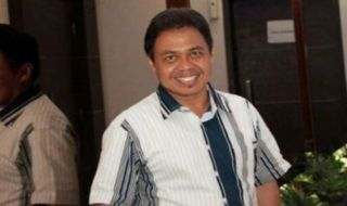 Nur Mahmudi Ismail