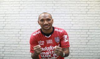 Bali united, Leonard tupamahu