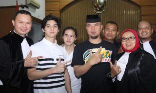 Anak-anak Ahmad Dhani Kecewa Ayahnya Ditahan di Surabaya