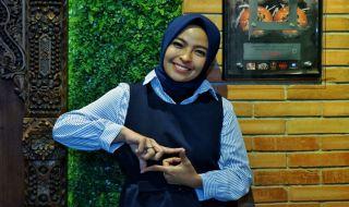 Berprestasi dan Dermawan, Tantri Kotak: Nike Ardilla Harus Dicontoh