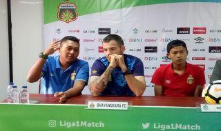 Bhayangkara FC, Liga 1 2018, Persebaya Surabaya, Simon McMenemy