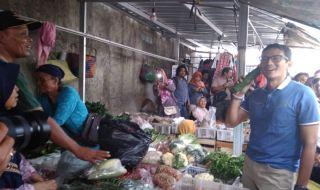 Di Jogja, Sandi Janji Tingkatkan Perekonomian Pedagang Pasar