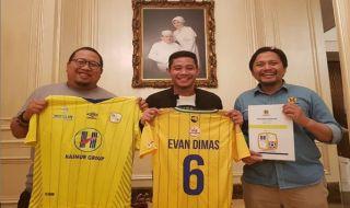 Evan Dimas, Evan Dimas Darmono, Barito Putera, Persebaya Surabaya, Candra Wahyudi