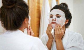 Begini Cara Memakai Sheet Mask Yang Efektif Untuk Wajah