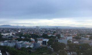 Gunung Gede dan Salak Terlihat dari Jakarta, Warganet Tepukau