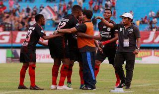 Persipura Jayapura, PSMS Medan, Liga 1 2018, Hilton Moreira, Boaz Solossa