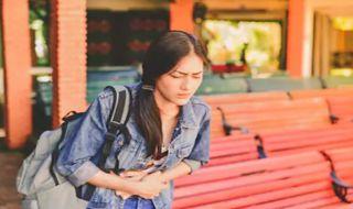 tips traveling, penyebab perut sakit,