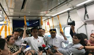 Jajal MRT, Jokowi: Wah Antusiasme Masyarakat Sangat Besar