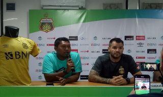 Bhayangkara FC, Persebaya Surabaya, Liga 1 2018, Simon McMenemy, David da Silva