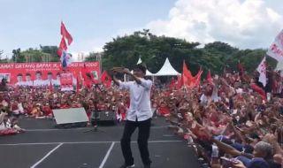 Jokowi: Siapa yang Setuju Tol Dibangun Sampai Banyuwangi?