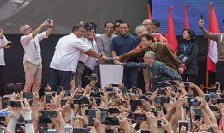 Jokowi: Yuk Cepat Naik MRT, Mumpung Masih Gratis