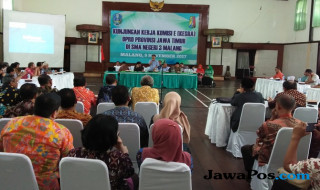 Kepsek SMA/SMK di Malang Raya di SMAN 3 Kota Malang