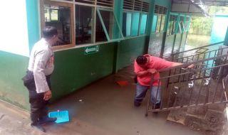 Kebanjiran, Puluhan Orang di Gunungkidul Masih Mengungsi