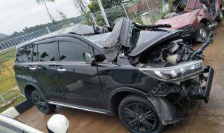 Kecelakaan Mobil Bupati Demak Diduga karena Sopir yang Lelah