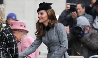 Kekompakan Ratu Elizabeth dan Kate Middleton Lewat Fashion