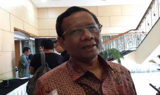 Kembali Sambangi KPK, Mahfud MD: Mau Minum Kopi
