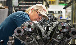 Kembangkan Pabrik, Toyota Gelontorkan USD 10 Miliar
