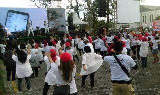 Komunitas Sahabat Jokowi Berikan Kado untuk 01