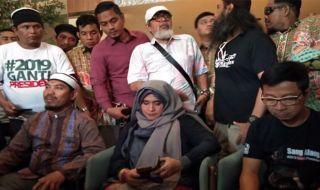 Neno Warisman Ungkap Kondisi Ahmad Dhani di Penjara