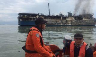 Pencarian Korban Kebakaran KM Gerbang Samudra I baru Dilanjutkan Lusa
