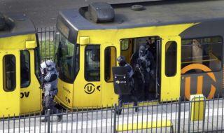 Polisi Belanda Tangkap Tersangka Baru Penembakan di Trem