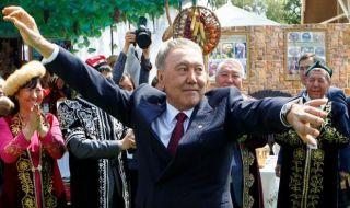 Presiden Kazakhstan Mengundurkan Diri Setelah 30 Tahun Berkuasa