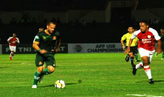 PSM Makassar, Aleksandar Rakic, PS Tira, Robert Rene Alberts