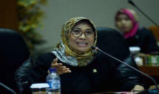 Hetifah Sjaifudian, Komisi X DPR RI, Komisi X, DPR, Pengaturan Skor, PSSI