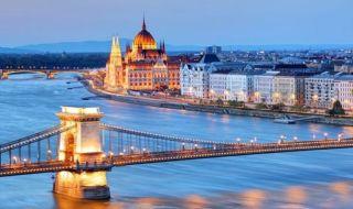 Romantis Saat Valentine di 5 Lokasi Tepian Sungai Danube