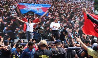 Slank Semarakkan Deklarasi Anti Narkoba Milenial se Sumatera Utara