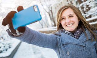 selfie, dampak selfie, pengaruh buruk selfie, selfie tanda sakit,