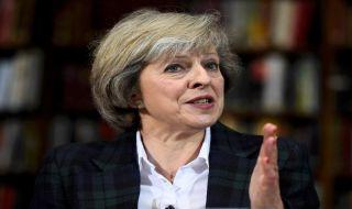 Theresa May Kehilangan Kendali Proses Brexit