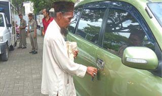 Viral di Media Sosial, Begini Fakta Mengejutkan Pengemis Kaya di Bogor