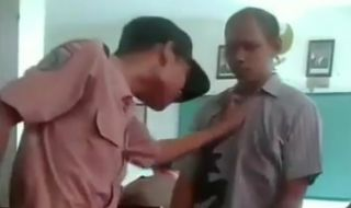 Viral! Murid Kurang Ajar, Pegang Kepala Hingga Cengkeram Baju Guru