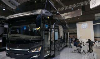 Volvo Luncurkan Bus Volvo B11R dan Volvo B8R di Indonesia.