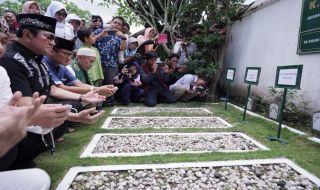 Ziarah ke Makam KH Ahmad Dahlan, Sandi Harap Muhammadiyah jadi Mitra