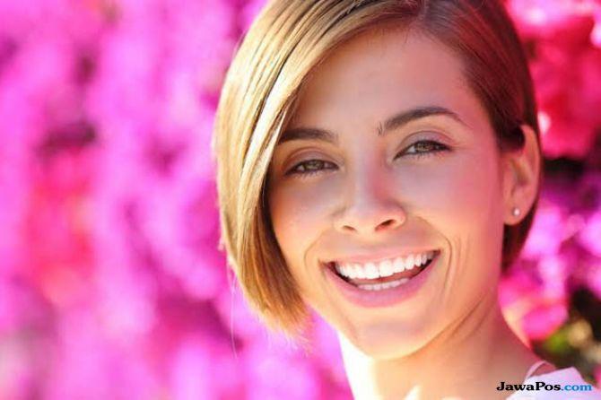 5 Jenis Perawatan Gigi dan Wajah Untuk Terlihat Lebih Muda