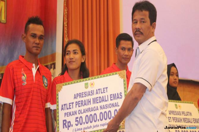 Atlet PON XIX/2016 Asal Batam Peraih Medali Emas Diguyur Rp 50 Juta