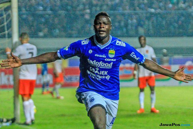 Persebaya Surabaya, Persib Bandung, Liga 1 2018, Ezechiel N'Douassel