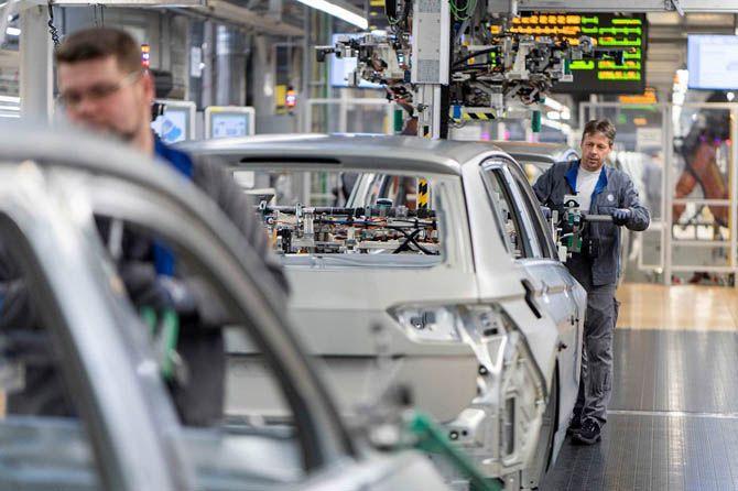 Ambisi Bangun 70 Model Mobil Listrik, VW Siap Rumahkan 7 Ribu Pekerja