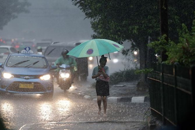 Ancaman Siklon Veronika, Berikut Penjelasan BMKG