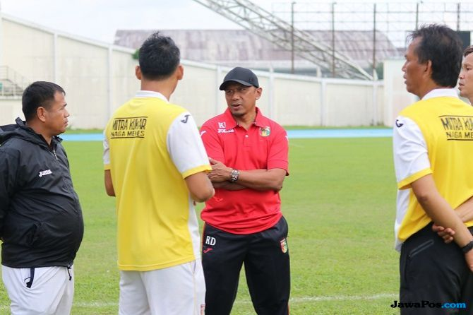 Rahmad Darmawan, Persija Jakarta, Mitra Kukar, Stefano Cugurra Teco, Liga 1 2018
