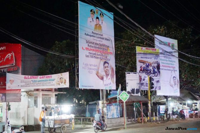 Antusiasme Warga Menyambut Lalu Muhammad Zohri Pulang Kampung