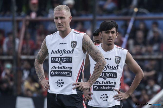 Bali United, Liga 1 2018, Nick van der Velden, Bhayangkara FC