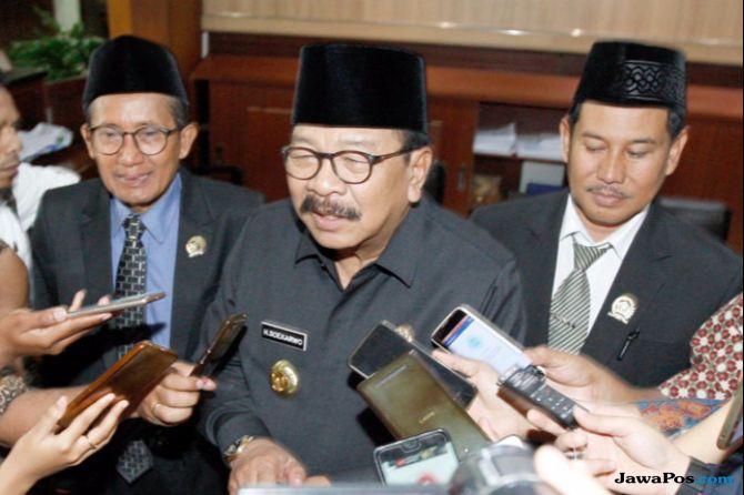 Gubernur Jawa Timur (Jatim) Soekarwo